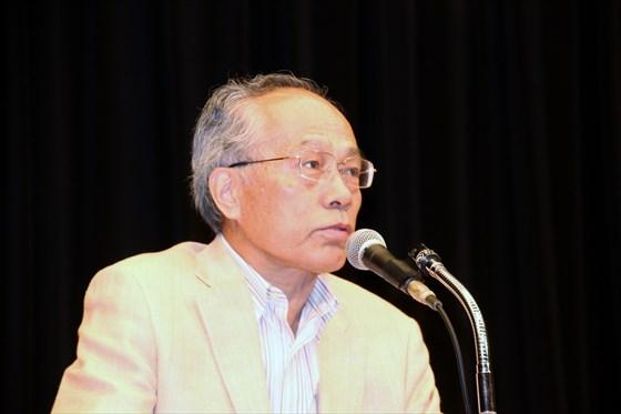 政治評論家 佐高信さん